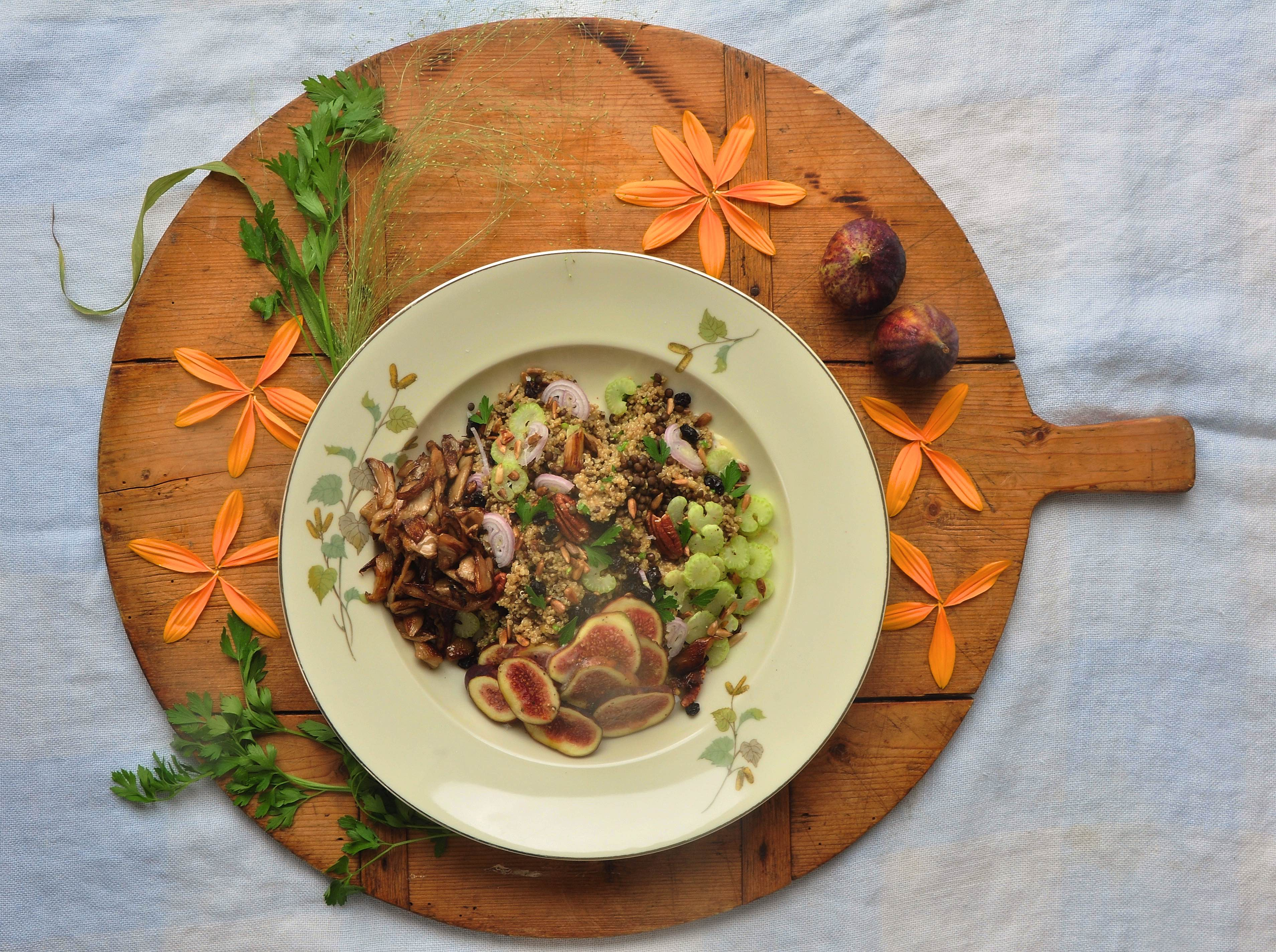 Quinoasalad_with_figs_and_musterd
